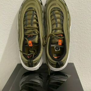 Nike x Undefeated Air Max 97 - Militia Green Mens Size 10 for Sale in Louisville, KY