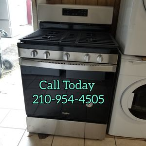 WHIRLPOOL Gas Stove Brand New for Sale in San Antonio, TX