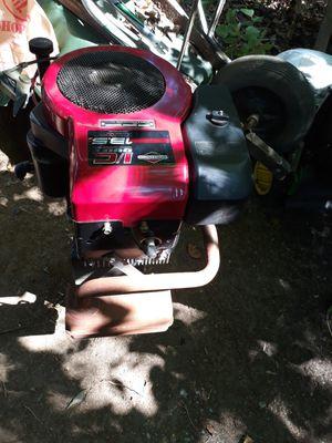 13.5 horsepower brake Stratton lawn mower tractor motor for Sale in Woodbridge, VA