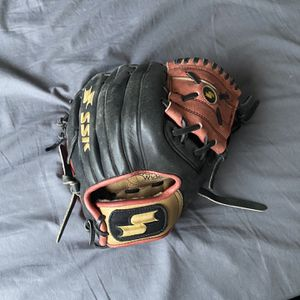 SSK Pro Series Infield Glove - Size 11 1/4 for Sale in Lincoln, CA