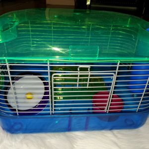 Hamster Cage In Good Conditions for Sale in Miami, FL