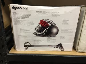 Multi floor canister dyson for Sale in Fort Pierce, FL