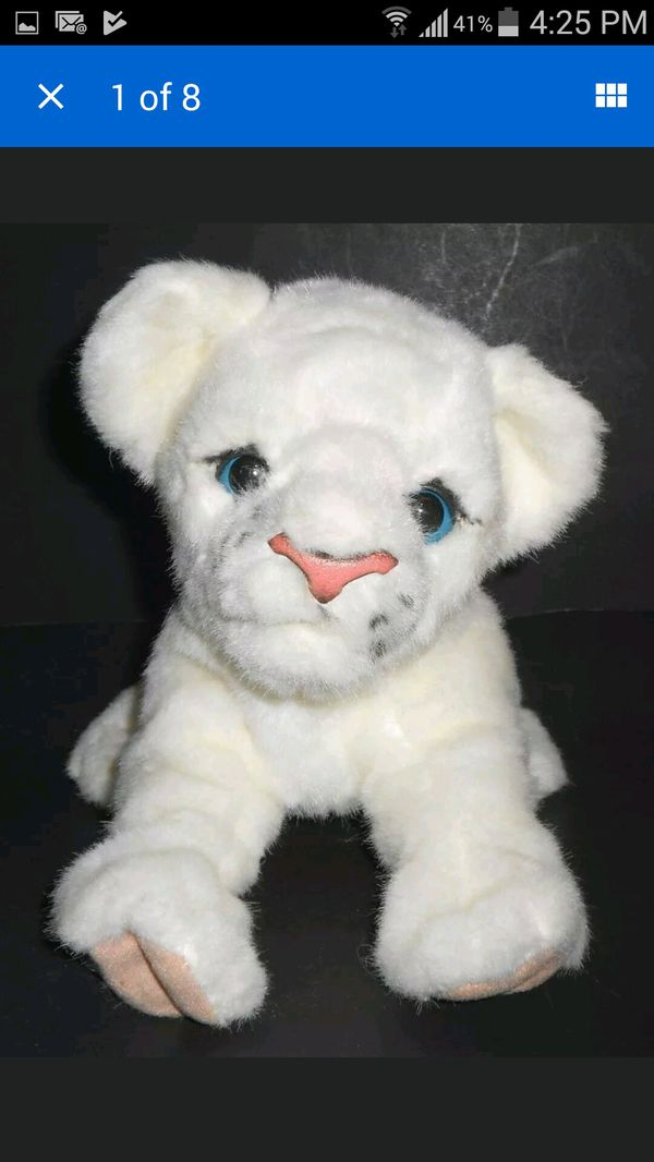 Furreal Friends Luv Cubs Baby White Lion -Lifesize Interactive Pet