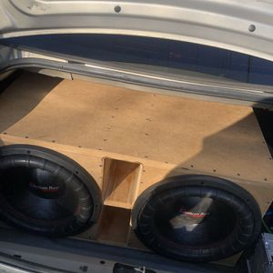 2 15inch American Bass Subwoofers for Sale in Richmond, VA