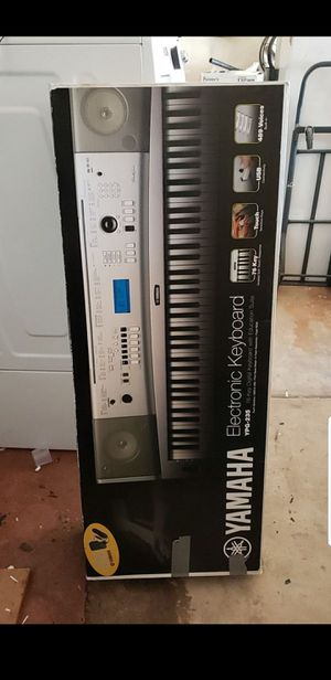 Yamaha Electronic Keyboard YPG-235 for Sale in Tempe, AZ