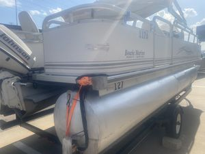 2005 Sun Chaser pontoon boat for Sale in Dallas, TX