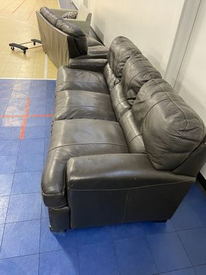 Brown leather couches for Sale in Hawthorne, CA