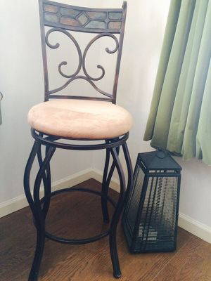 """Set of two bar stools - 28"""" seat height for Sale in Hampton, VA"""