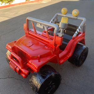 12v Jeep Power Wheels Kid Car for Sale in Santee, CA