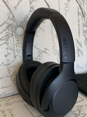 Sony - WH-XB900N Wireless Noise Cancelling Over-the-Ear Headphones 🎧 for Sale in Houston, TX