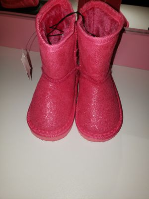 Toddler girls boots for Sale in Hartford, CT