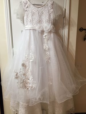 Flower girls dress or for communion. Beautiful in size 18 girls. 60.00 for Sale in Jacksonville, FL