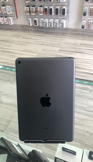 iPad mini 5/ 64GB/ like-new/ CASH $299 for Sale in Sanford, FL