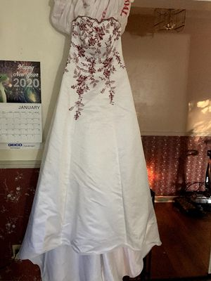 Wedding Dress for Sale in Fayetteville, NC