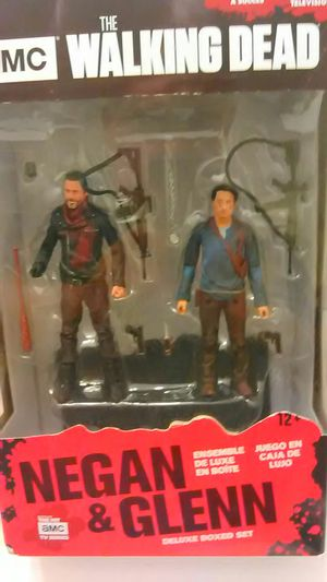 AMC The Walking Dead Began & Glenn Action Figures for Sale in North Providence, RI