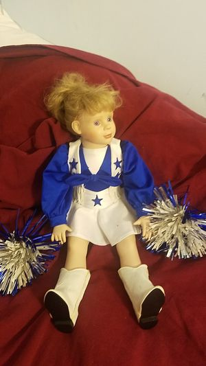 Dallas Cowboys Cheerleader collector doll for Sale in Thornville, OH