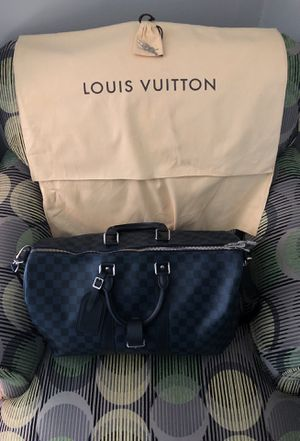 LOUIS VUITTON TRAVEL BAG for Sale in Strongsville, OH