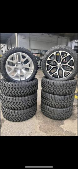Snowflake rims and tires 90 days (same as cash) or no credit needed ($50) for Sale in Warren,  MI