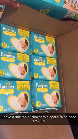 300 Pamper Diapers for Sale in Litchfield, NH