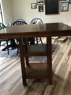 Kitchen Table With 4 Chairs for Sale in Snohomish,  WA