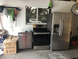 Samsung Appliances (fridge, oven, dishwasher & microwave) for Sale in Plantation, FL