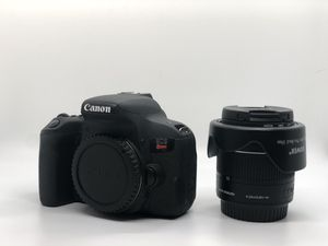 Canon T7i for Sale in Houston, TX