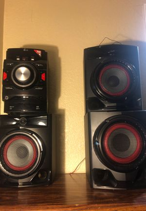 LG Xboom Speakers 700w for Sale in Fairfield, CA