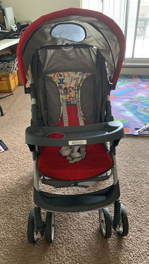 Baby stroller for Sale in Parma Heights, OH