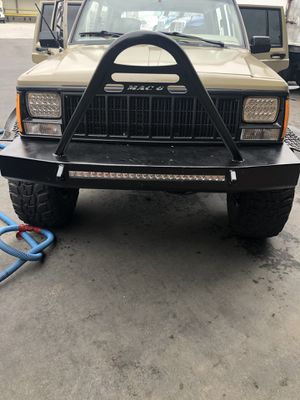 Jeep Cherokee xj Front bumper for Sale in Los Angeles, CA