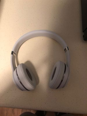 Wireless Beats solo 3 for Sale in Durham, NC