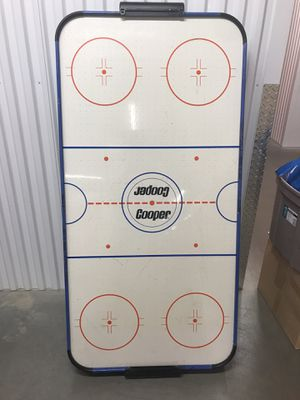 Cooper Air Hockey table for Sale in Mount Laurel Township, NJ