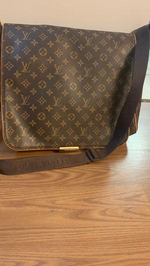 Louis Vuitton Messenger Bag. for Sale in Lexington, SC