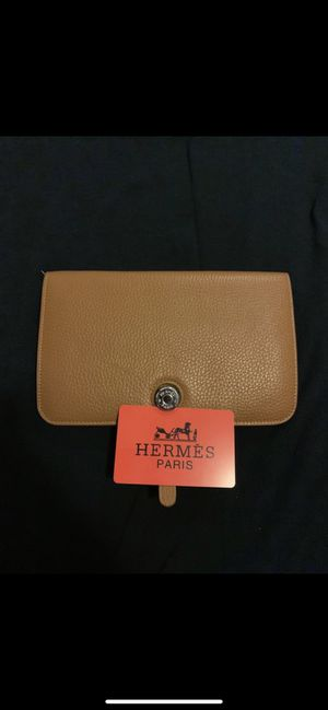 Hermès authentic Clutch for Sale in West Hollywood, CA