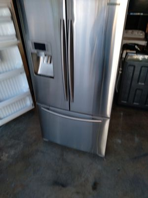 Samsung refrigerator 36x69 for Sale in Bellflower, CA