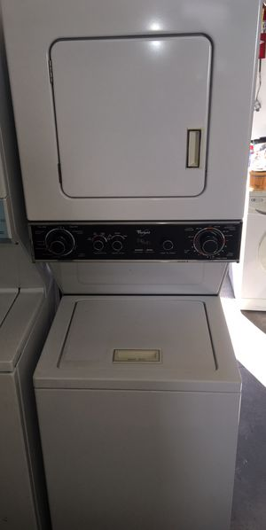 "Whiirlpool 24"" Wide , Electric 220 Volt ,Stackable Washer & Dryer for Sale in Los Angeles, CA"