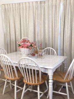 Country Chic Dining Table 6 Chairs for Sale in Norwalk,  CA