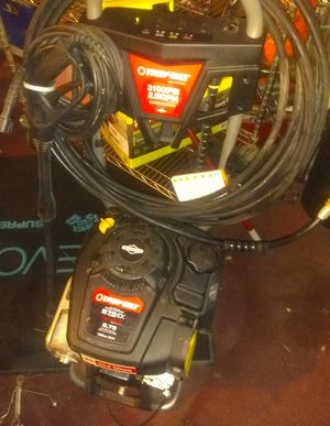 Troy-Bilt 3100 psi pressure washer with 35 ft hose , 20 foot hose on wand for Sale in Cleveland, OH