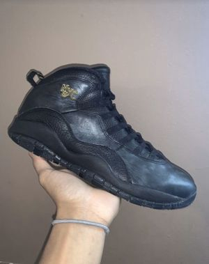 Jordan's 10s size 11 for Sale in Pepper Pike, OH