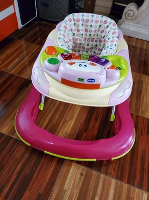 chicco baby walker for Sale in Palmdale, CA