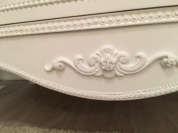 Gorgeous Five Drawer Provincial Highboy Dresser