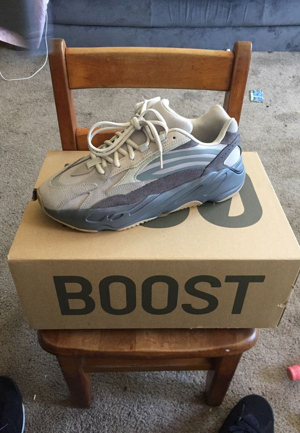 Size 9 1/2 500