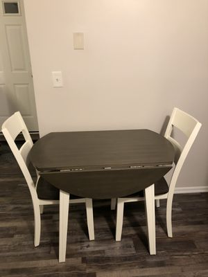 Kitchen Table with 2 chairs for Sale in Staten Island, NY