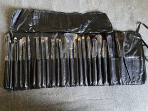 Makeup Brushes for Sale in Whittier, CA