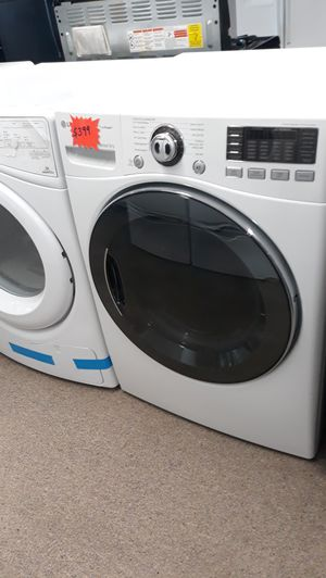 Lg white front load Electric dryer excellent condition for Sale in Laurel, MD