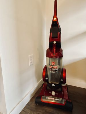 Hoover Deluxe Elite Rewind HEPA Vacuum for Sale in Los Angeles, CA