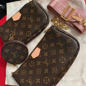 lv Pochette Bag for Sale in La Puente, CA