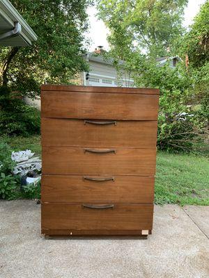 Kroehler Dresser for Sale in Kirkwood, MO