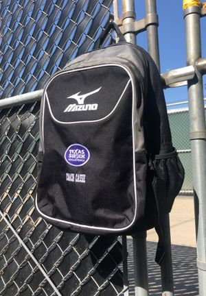 Mizuno Volleyball Travel Backpack for Sale in Playa del Rey, CA