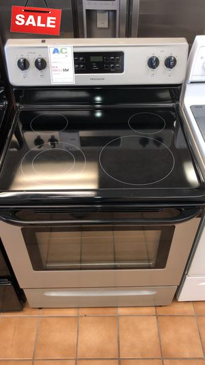 FIRST COME!!CONTACT TODAY! Electric Stove Oven Frigidaire 30 in. Wide #1493 for Sale in Aspen Hill, MD