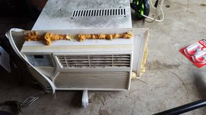 Window a/c unit free for Sale in Dallastown, PA
